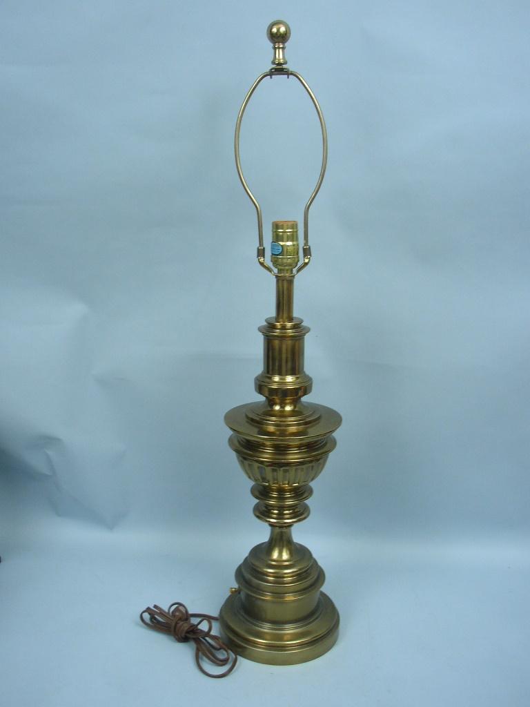 Vintage Stiffel 31 1 2 Quot Urn Trophy Table Lamp Mid